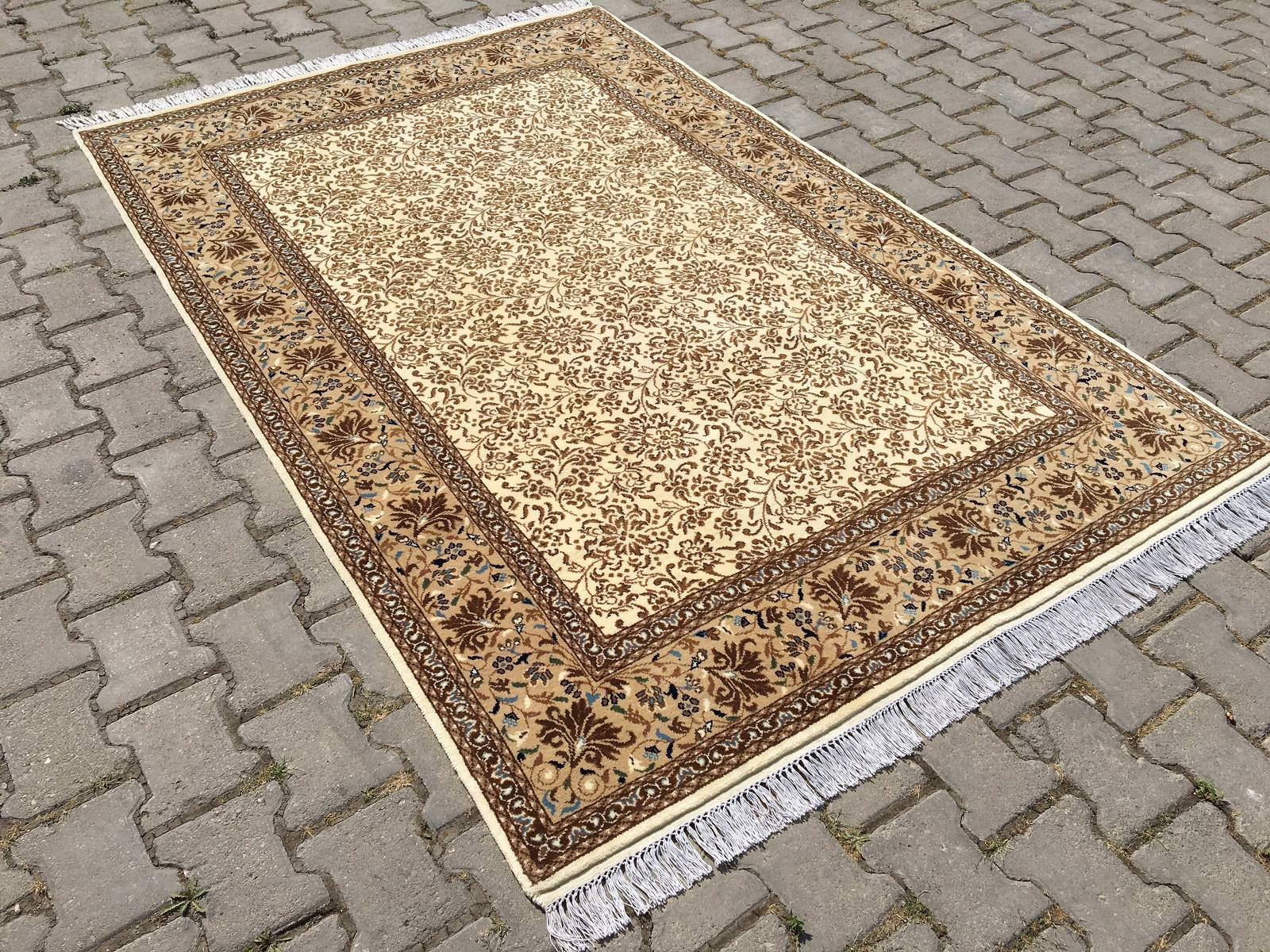 SULTANBEYLİ BUTİK HALI 152X228 Sultanbeyli Butik Halı